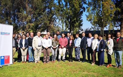SERNATUR realiza taller para mejorar la gestión de la ZOIT de Lago Rapel
