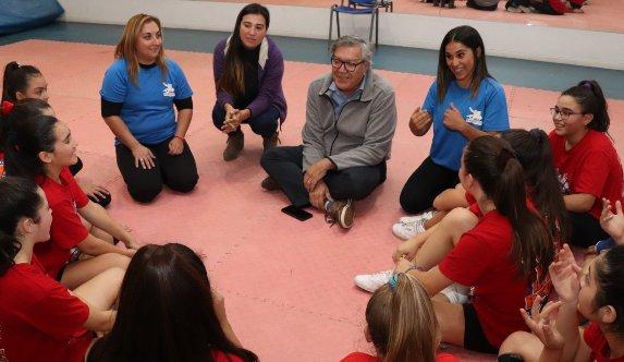 Rancagua respalda al fútbol femenino y  a sus deportistas destacados