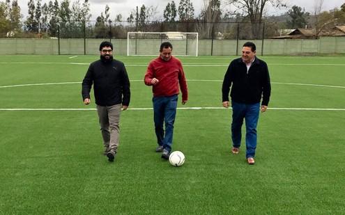¡Solo falta inaugurarla! : Nueva Cancha de Fútbol                                   en Marchigüe