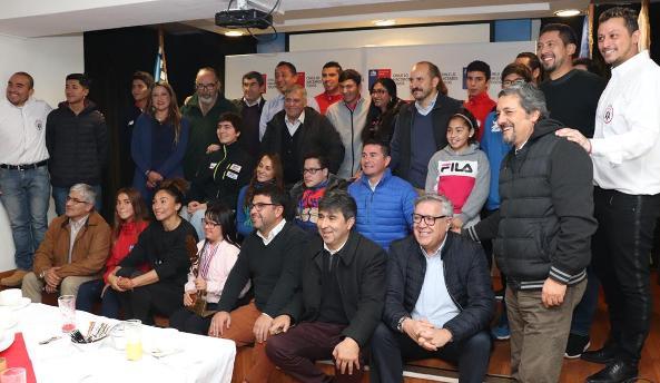 Deportistas de alto rendimiento  compartieron entretenida reunión