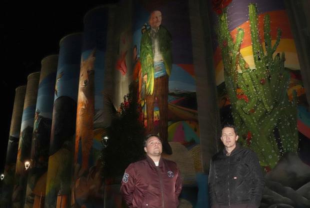 Mural más grande de Chile ya está iluminado con alta tecnología