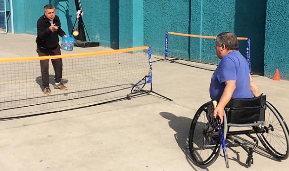 Taller de tenis para personas en situación de discapacidad