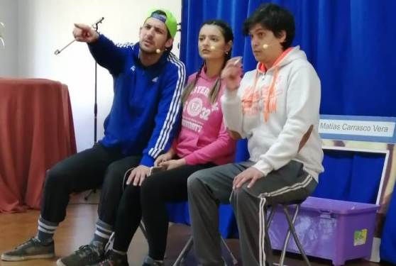 A través del teatro SEREMI de Salud busca prevenir consumo de Alcohol y Drogas en escolares