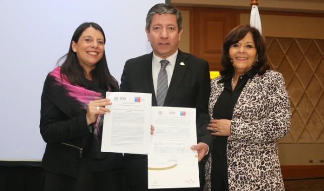 SernamEG y Sun Monticello firman convenio de colaboración en pos de la equidad de género