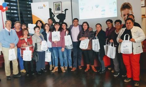 CGE y ODECU realizan taller sobre educación financiera en Santa Cruz