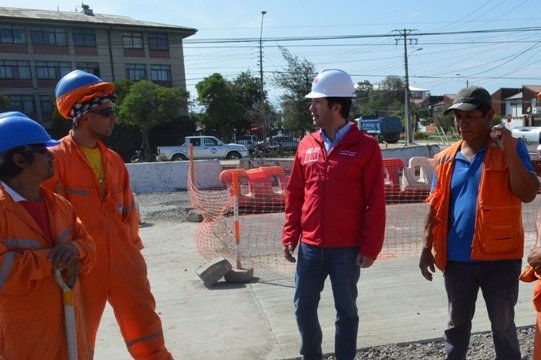 Director de SERVIU O'Higgins supervisó avances en obras de avenida Kennedy