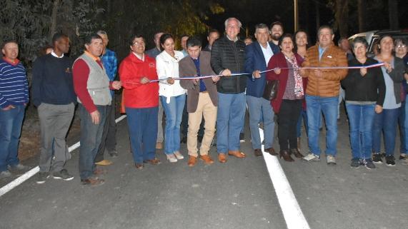 MOP O'Higgins inaugura pavimentación de camino Pidihuinco Alto en Chimbarongo