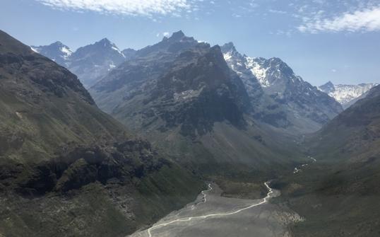 DGA O'Higgins sobrevuela Cordillera en busca de áreas para instalar futuras estaciones nivales