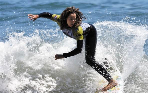 Hoy se inició el Mundial de Surf Femenino en Punta de Lobos