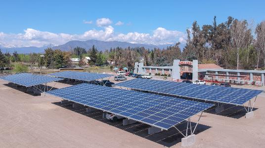Así será el estacionamiento solar más grande de Chile