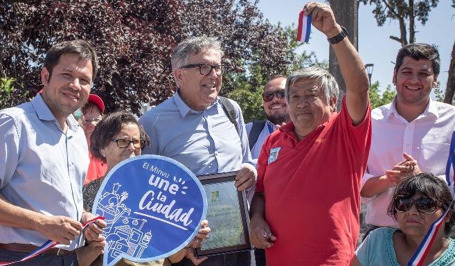 Vecinos del Barrio Santa Filomena inauguran mejoramientos de Calle Los Olivos