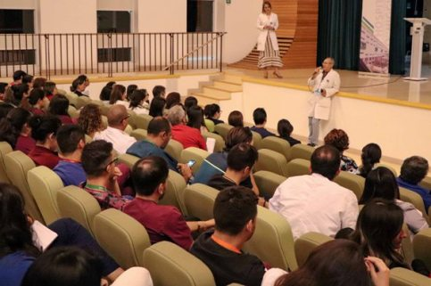 Hospital Regional realizó charla a personal sobre coronavirus