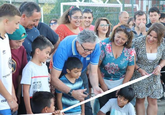 Inauguran áreas verdes y multicancha que consolida exitoso proyecto habitacional