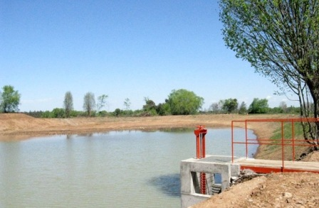 Pequeños agricultores ya pueden postular a programa para mejorar obras de riego