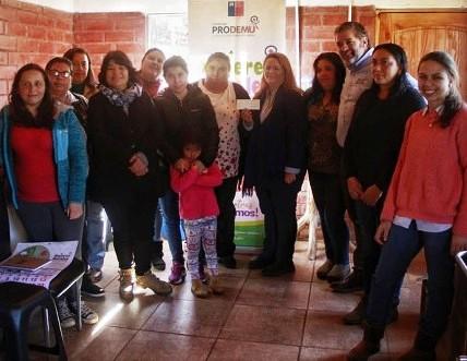 Nueve agrupaciones de Mujeres Rurales de O'Higgins reciben aportes para sus proyectos productivos