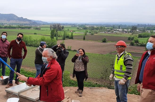 SEREMI MOP O'Higgins inspecciona trabajos de APR Puquillay Alto en Nancagua