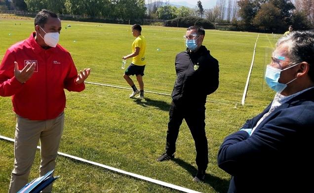 SEREMI del Deporte revisa y aprueba protocolos del club Deportes Rengo