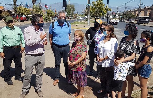 Nuevo cruce semaforizado en avenida República de Chile con Itata aportará mayor seguridad a vecinos del sector