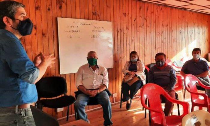 Emprendedores se capacitan en línea junto a Centro de Negocios Sercotec Santa Cruz