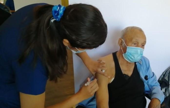 Comienza administración de las segundas dosis de las vacunas COVID -19 en la región