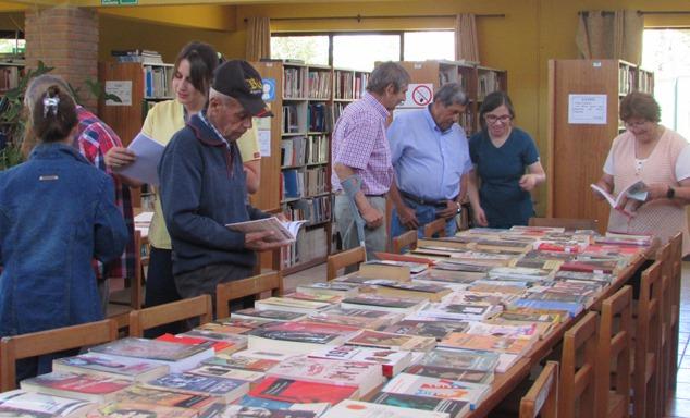 Biblioteca Santiago Benadava reinicia prestaciones de libros