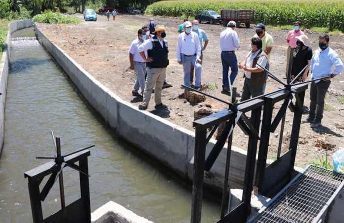 Invertirán más mil 400 millones de pesos en proyectos de riego para la pequeña agricultura