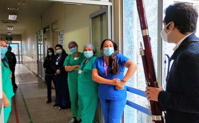 Con música clásica se realiza homenaje a los funcionarios  del Hospital de Rengo