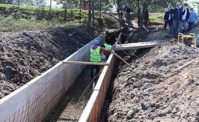 Regantes de tranque Los Aromos de Las Cabras podrán mejorar el riego con proyecto asociativo