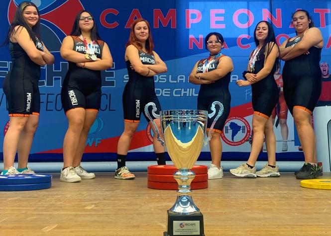 Machalinas son Campeonas Nacionales Juveniles  de Halterofilia año 2021