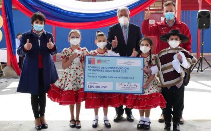 MINEDUC entrega más de 800.000.000 millones para mejorar infraestructura de 3 escuelas de la región de O´Higgins
