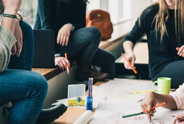 CORFO abre nueva convocatoria de programas Semilla Inicia y Escalamiento para apoyar emprendimientos de todo el país
