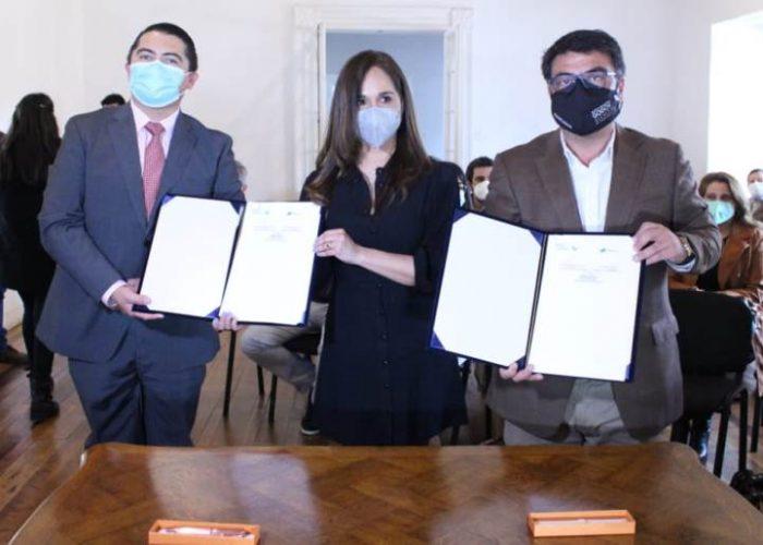 Municipio firma importante convenio con Consejo por la Transparencia